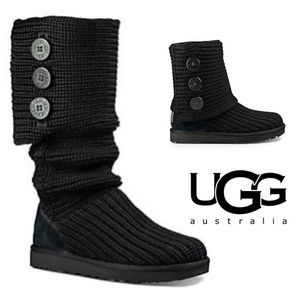 UGG Cavalier Bull Knit Cardi Black Sweater Boots
